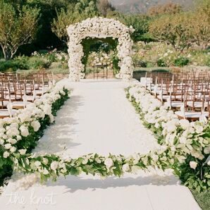 Romantic Huppah Decor