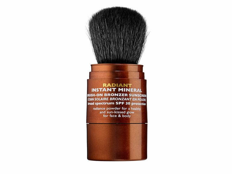 Peter Thomas Roth radiant instant mineral bronzing powder with SPF 30
