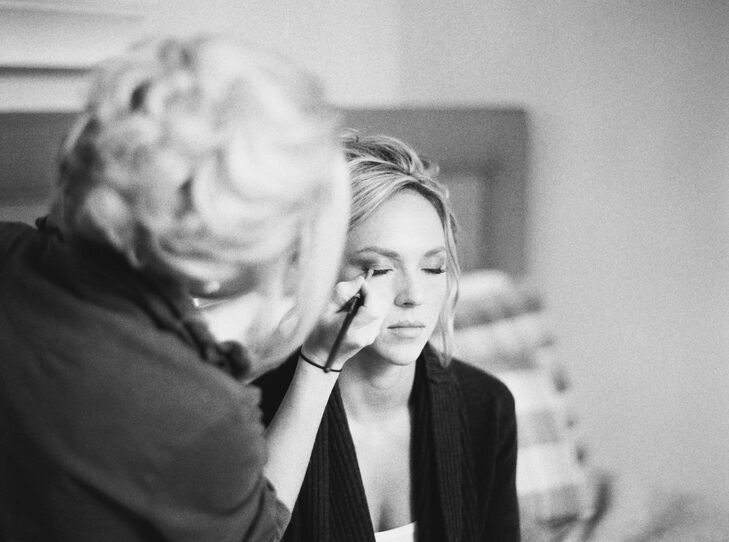 Morgan spent the night in her childhood bedroom and got ready there the morning of the wedding—familiar, comfortable surroundings. Her sister helped her do her makeup.