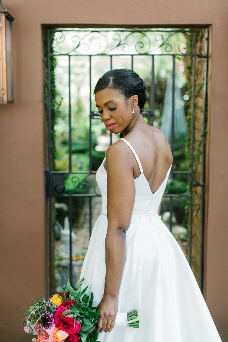 Bridal Portraits at the Kimpton Brice Hotel in Savannah, Georgia