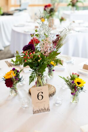 Simple Wildflower Table Centerpieces
