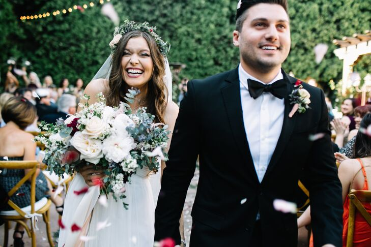 Emily Hinn (21 and a student) and William Hinn (23 and an event director) were dreaming of a romantic garden party with vintage details, and the charm