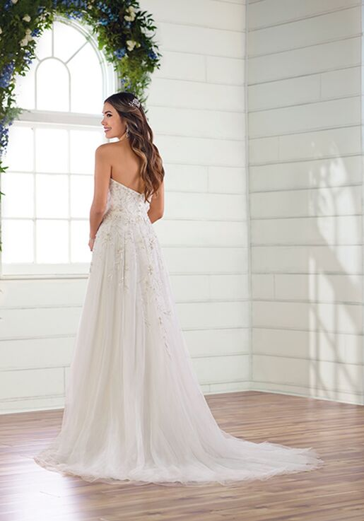 Essense of Australia D2961 A-Line Wedding Dress
