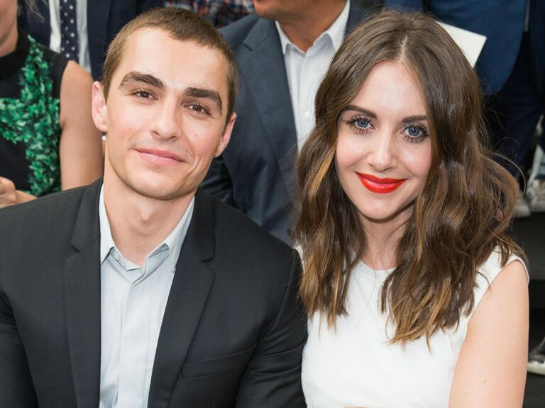 Alison Brie And Dave Franco Wedding.Alison Brie And Dave Franco Are Engaged See Her Engagement Ring