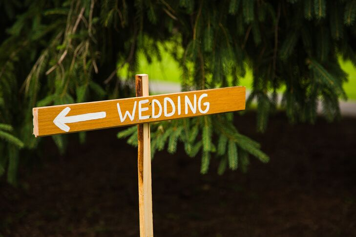 DIY Wooden Directional Sign