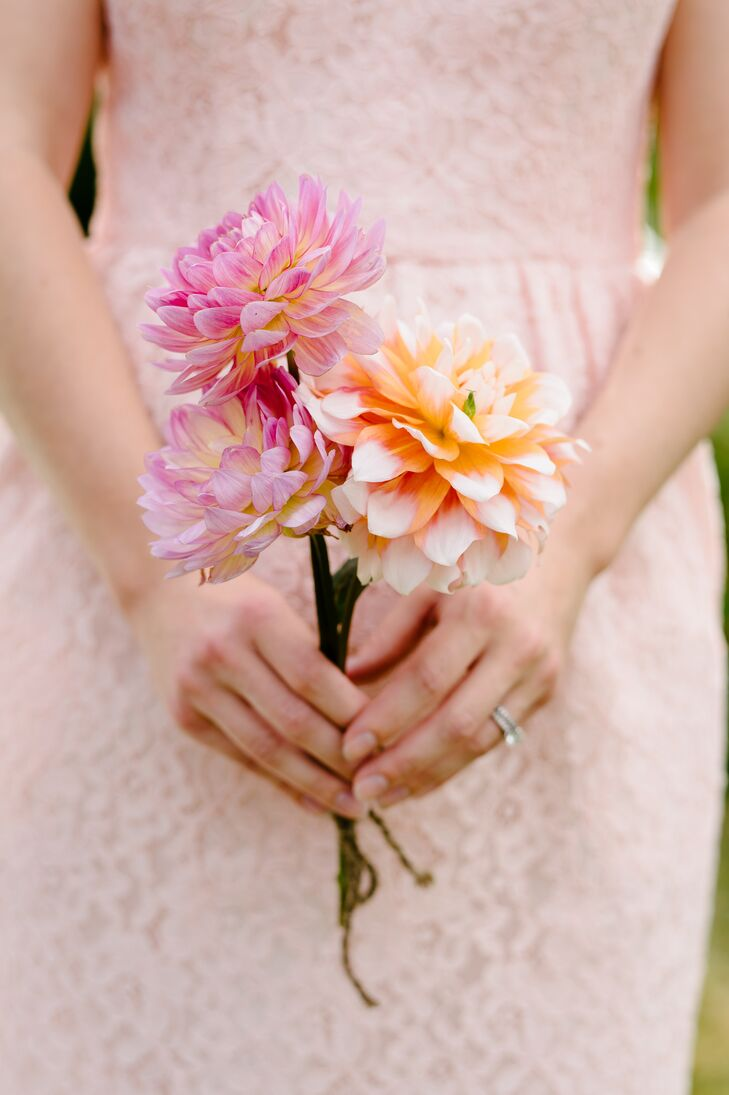 Fresh-Picked Pink Dahlia Bouquet