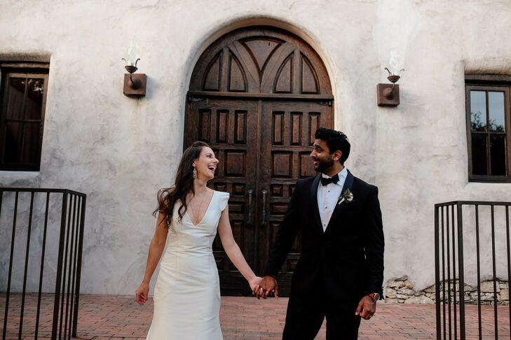 Anyone passing through Lost Mission on the day that Rachel Lewis (36 and an event planner) and Roy Mathews (36 and a lawyer) got married might have be