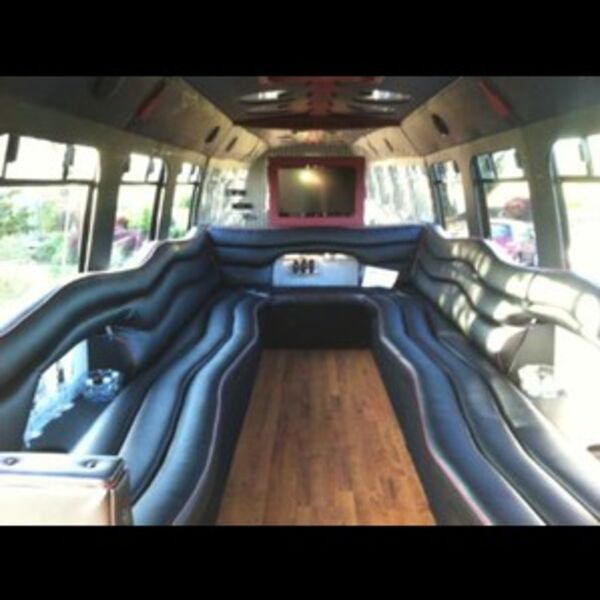 Sunshine Limo Service & Wine Tours - Party Bus - Eugene, OR
