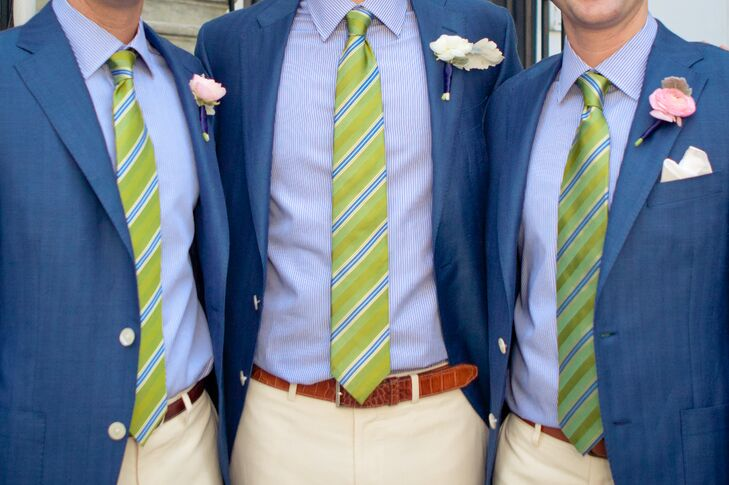 The groom and his men wore preppy navy linen blazers by Samuelsohn with striped lime green ties.