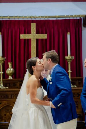 Lindsey and Jim's First Kiss