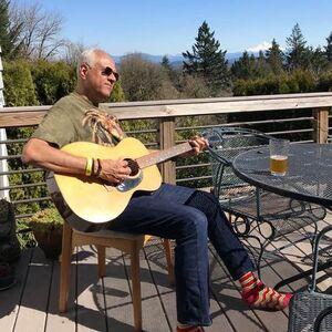 Fredericksburg, VA Singer Guitarist | SHREE