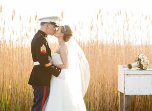 Laura Dabrowski (24 and a museum curatorial assistant) and Frank Cinturati (28 and a Sergeant in the United States Marine Corps Reserve) met while wor