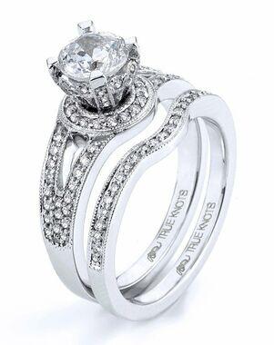 TRUE KNOTS Cut Engagement Ring
