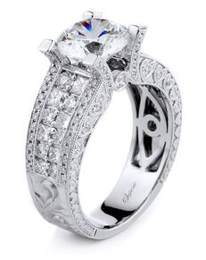 Supreme Jewelry Glamorous Round Cut Engagement Ring