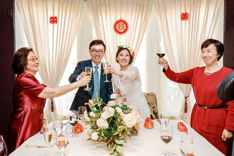 Toast during Chinese wedding banquet