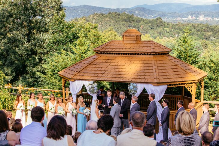 Taryn and Jeff customized their ceremony by writing their own vows, deciding on the readings, and picking the overall wording.