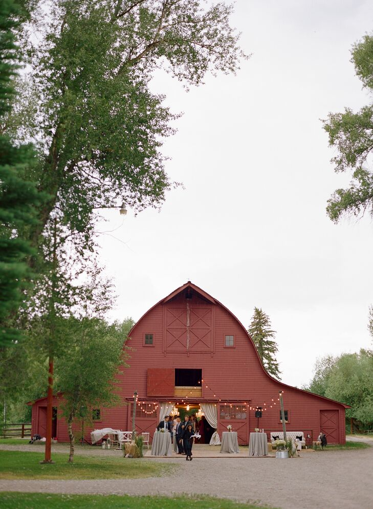 Chutney and Steve really wanted a barn wedding. But they didn't settle on Jackson Hole until they found the red barn at Snake River Ranch in Wilson, Wyoming. They wanted everything to feel like an upscale rustic Wyoming wedding with classic, chic details.
