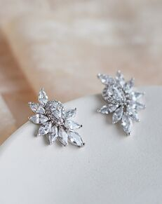 Dareth Colburn Tallulah CZ Cluster Studs (JE-4201) Wedding Earring photo