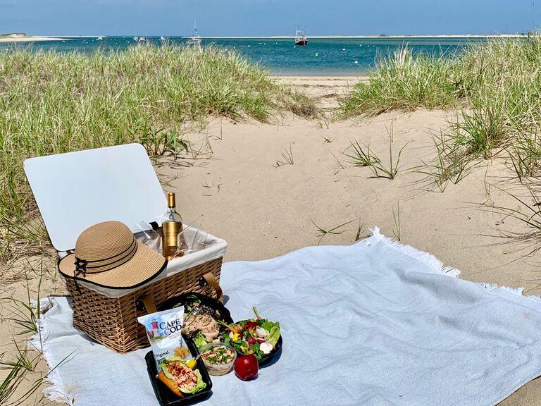 Prepackaged beach picnic