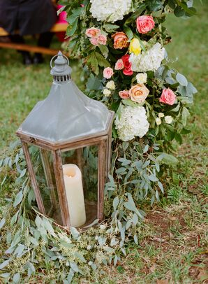 Vintage Carriage Lantern Aisle Decorations