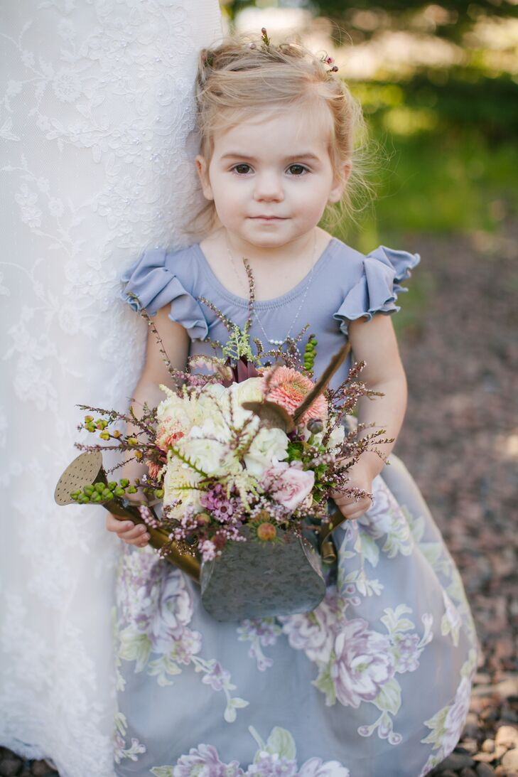 bf812ff5c53 DIY Purple-Gray Flower Girl Dress