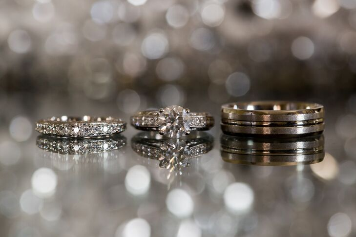 Chicago-based jeweler Wedding Bands & Co. created these vintage-inspired rings for the couple.