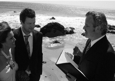 Officiant Guy - LA Weddings That Are Stressfree