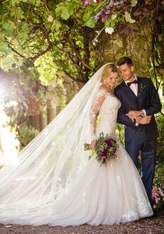 Essense of Australia D2425 Wedding Dress
