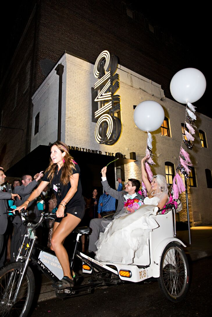 Jess and Mike ended their reception with a fun balloon accented rickshaw ride.