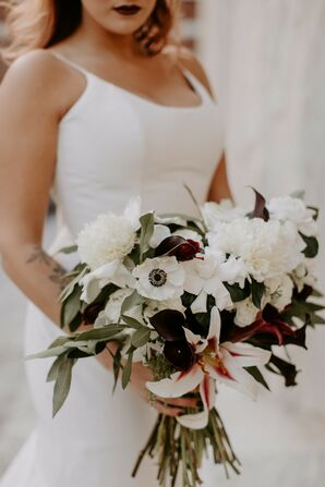 White Anemone Bouquet for Philadelphia Wedding
