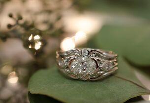 Colonial Jewelers