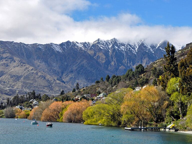 Queenstown New Zealand honeymoon destination