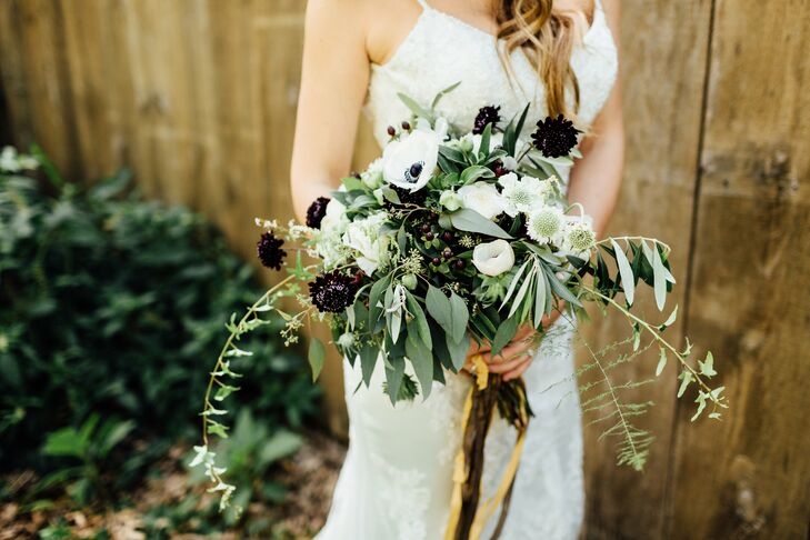 Rustic Bouquet with Anemones, Dahlias, Greenery and Berries