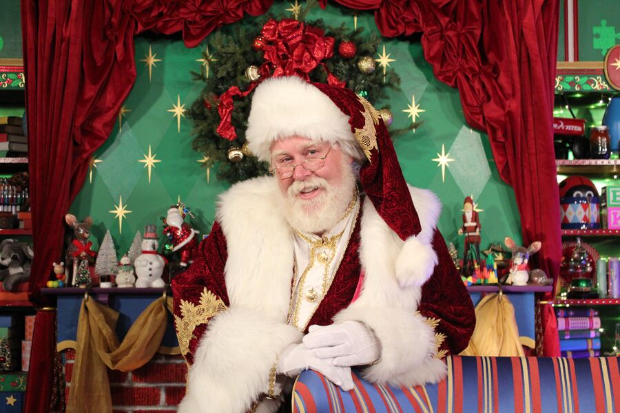 House of Kringle | In Person & Virtual Services - Santa Claus - Long Beach, CA