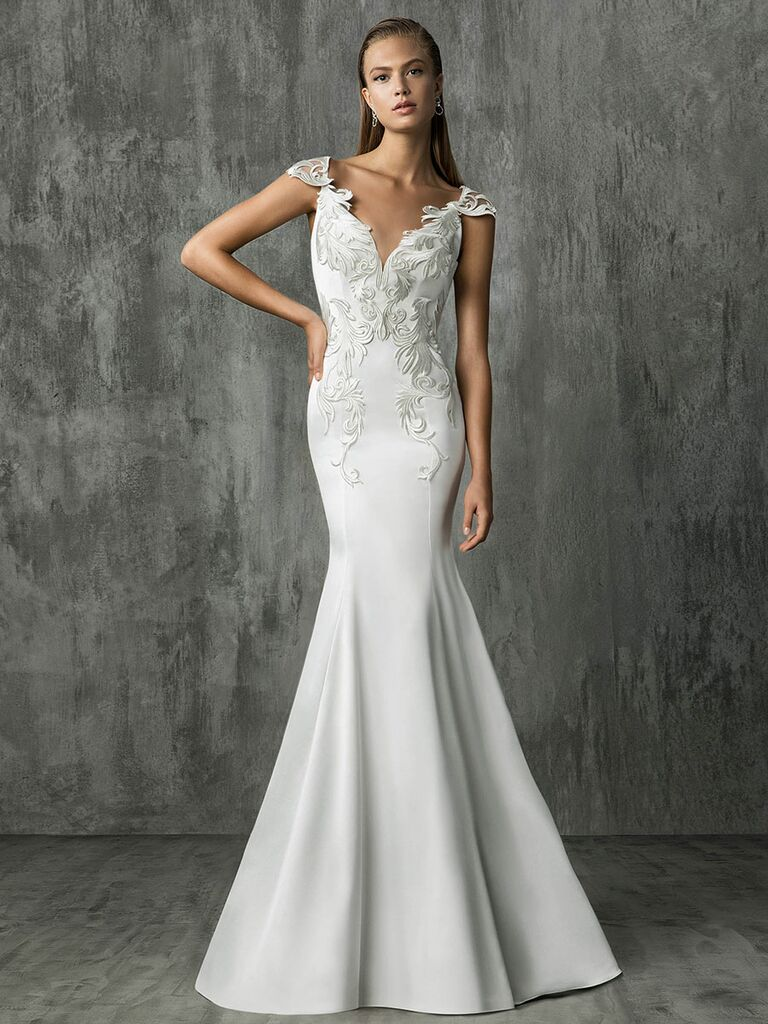 Victoria Kyriakides Fall 2018 wedding dresses with an embroidered bodice