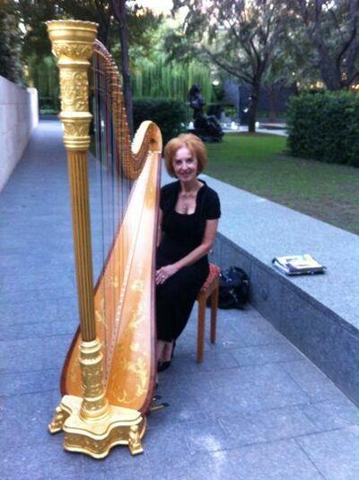 Sydney Howell, Harpist
