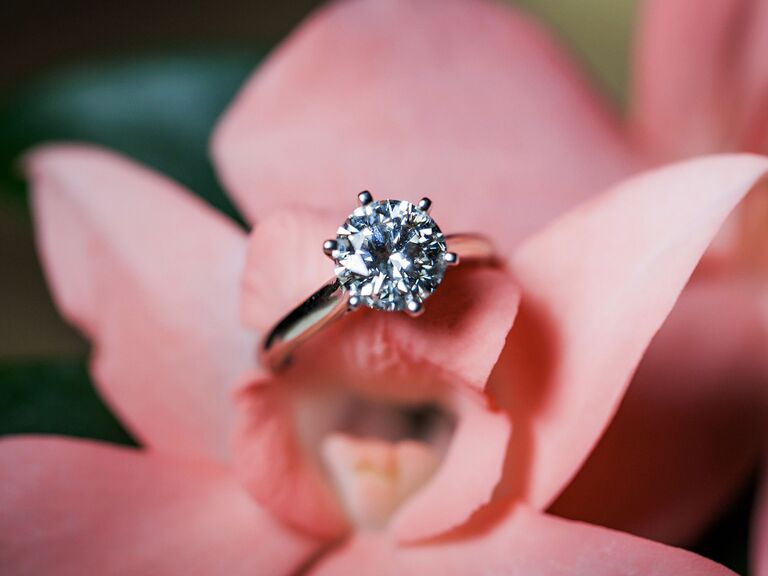 f767462f64 Best Engagement Ring Instagram Accounts to Follow