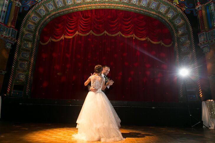 Kansas City's Uptown Theatre Wedding Reception