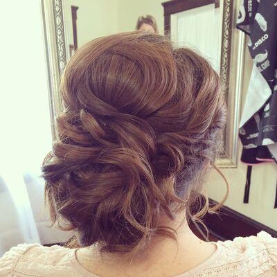 Hilary Farrell Hair & Makeup Design