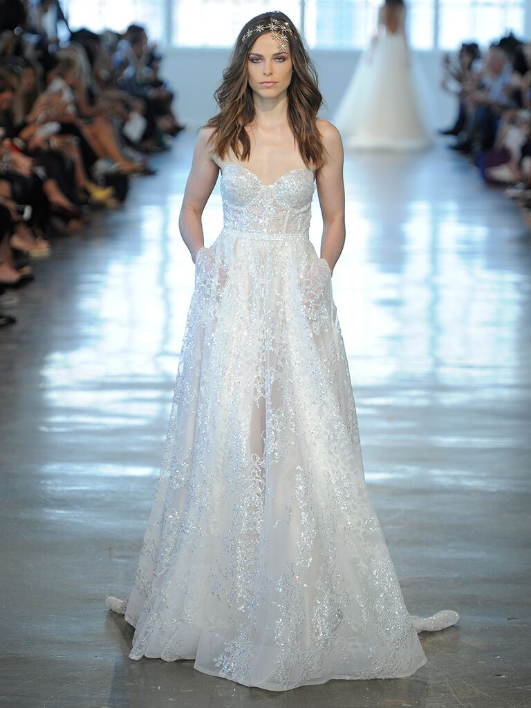 Berta Fall/Winter 2018 Collection: Bridal Fashion Week Photos