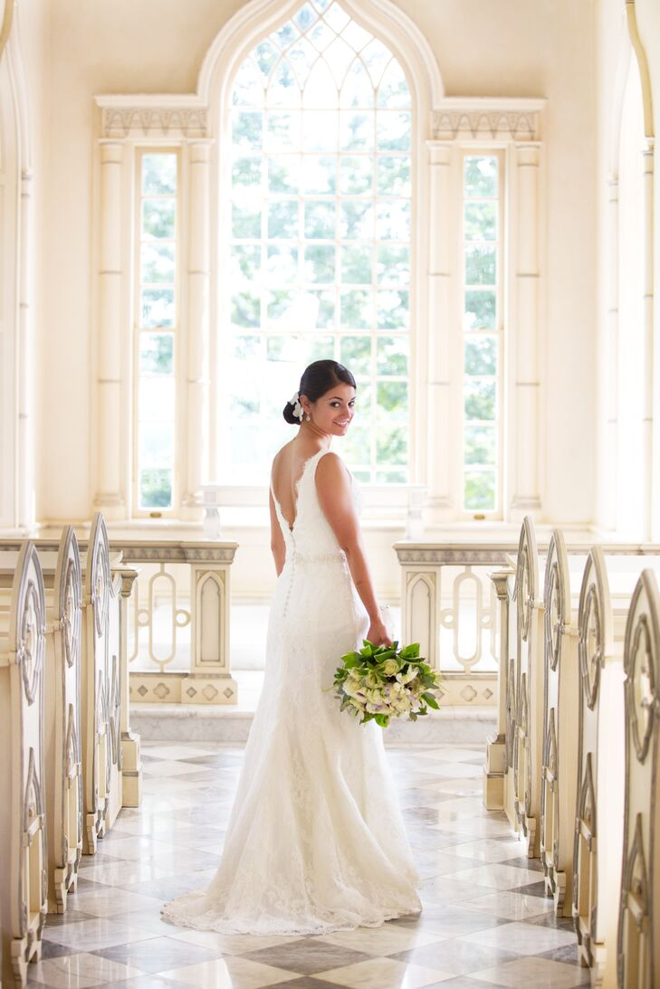 """When Bernadette first started dress shopping, she wasn't sure what she wanted. After a few dress appointments, she finally found her dream dress and had an """"aha"""" moment when she tried on a beautiful lace Monique Lhuillier sheath gown."""