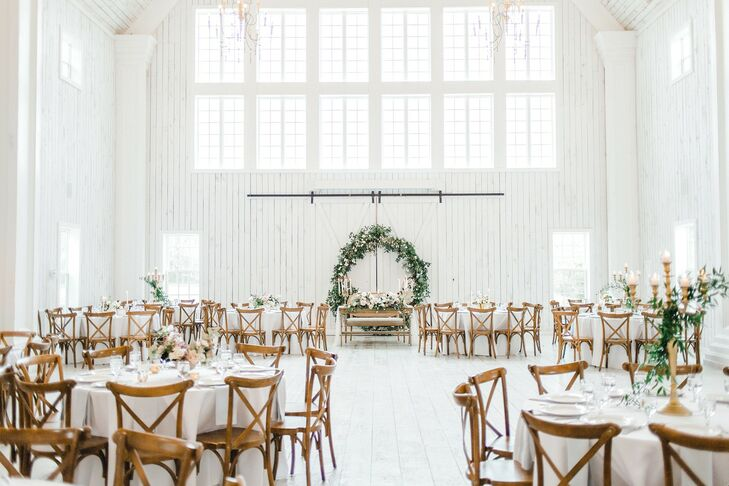 Whitewashed Reception Barn  Set with Round Tables and Cross-Back Chairs