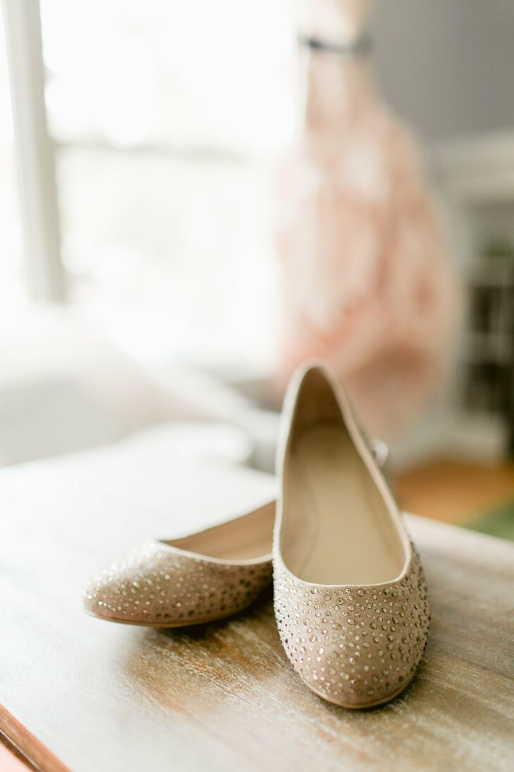 Mary added some sparkle to her look with simple Mia Clarissa ballet flats in pewter.