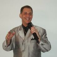 Boynton Beach, FL Karaoke DJ | Arlen Mathewz: Man Of 100 Voices Event DJ