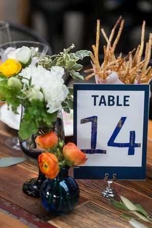 Simple Farm Table Decor