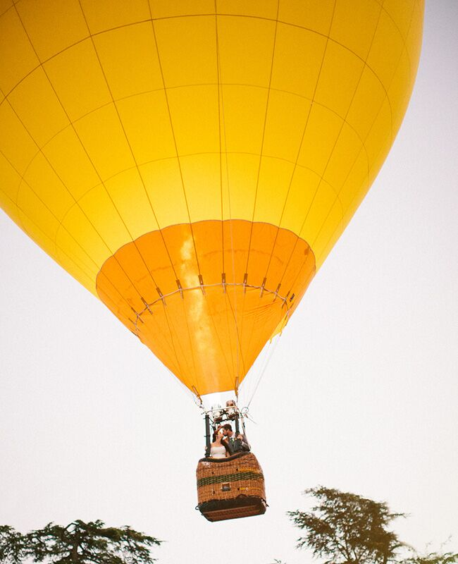 Hot Air Balloon: Annie McElwain Photography / TheKnot.com