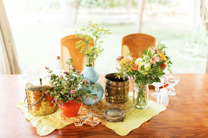 Vintage-Inspired Centerpieces with Vases and Wildflowers