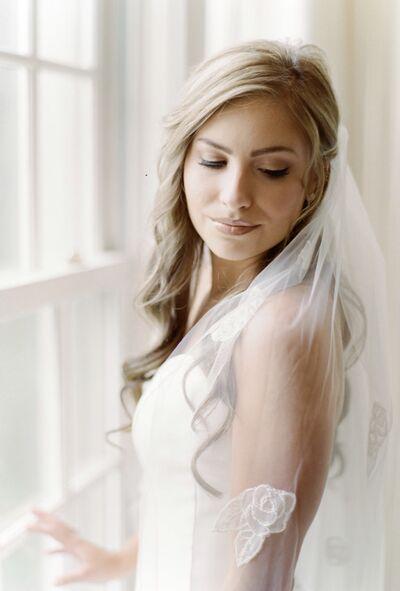 Dawn Phillips - Airbrush Makeup Artist