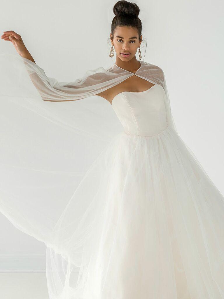 99bdb663fceb Ivy & Aster Fall 2018 Collection: Bridal Fashion Week Photos