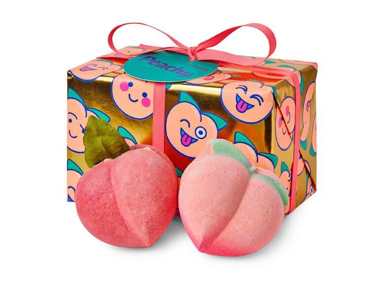 Bath bomb gift set for bridesmaids